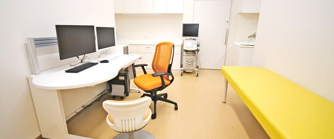 やすまゆファミリークリニック第2診察室